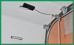 Quality Garage Door Service Hales Corners, WI 414-949-5008